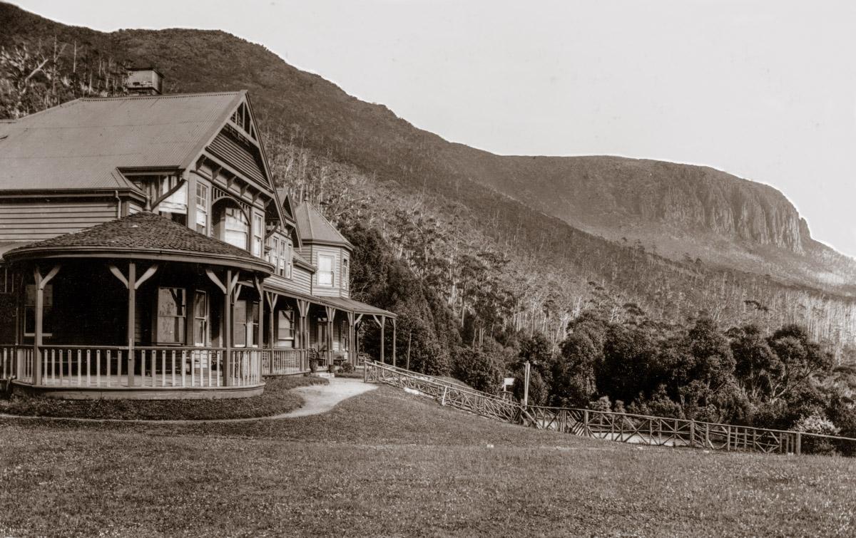 Springs Hotel circa 1910
